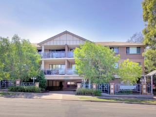 View profile: Huge 129sqm Unit! Two Bedrooms Plus Two Bathrooms!