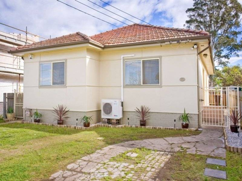 RENOVATED AND READY - OPEN TO VIEW SATURDAY 3.30-4PM