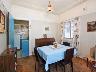 View profile: Four Bedrooms and Walk to Station!