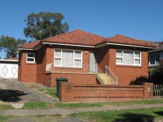 View profile: Great Three Bedroom House!
