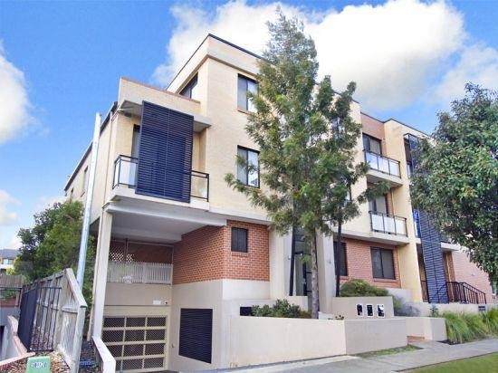 Outstanding Location - Walk to Westmead Station
