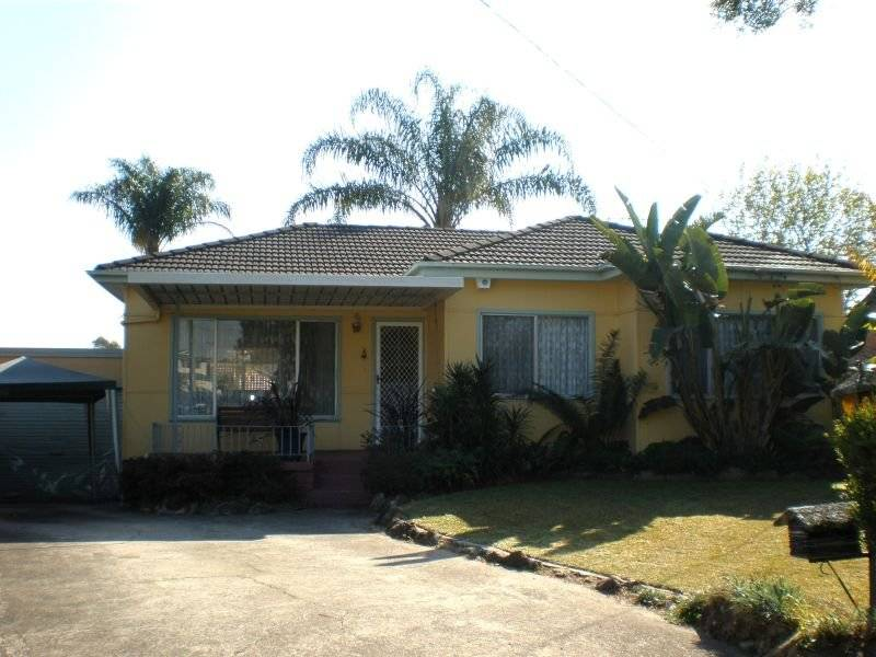 Just Magic! Prime cul-de-sac position, with 3 Bedrooms plus a games room, movie room and a pool!