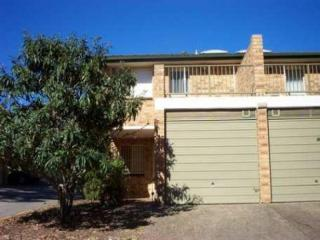 View profile: Three Bedroom Townhouse!