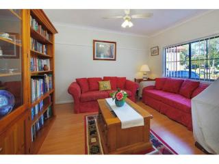 View profile: Huge 4 Bedroom Home- Walk to Station
