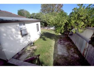 View profile: Home & Granny Flat-Walk to Station!