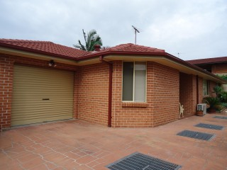 View profile: Sort after Location, Air Conditioning, Low Maintenance Courtyard