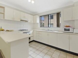 View profile: Outstanding Location!  Opposite Woolworth's!