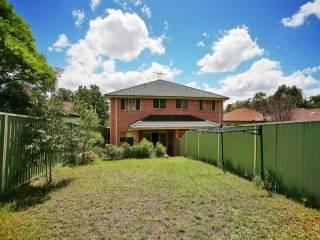 View profile: Huge 4 bedroom modern Duplex!