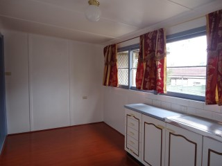 View profile: One bedroom half house!