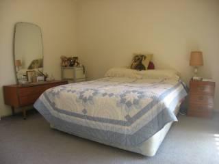 View profile: Quality split level townhouse - Triple garage