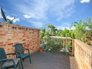 View profile: Outstanding Location! - 3 Bedrooms