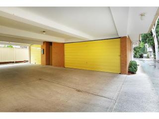 View profile: Beautifully Renovated & Double Garage!