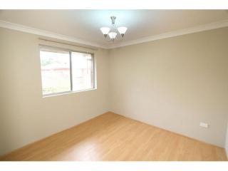 View profile: 3 Bedroom Unit – Walk to Station