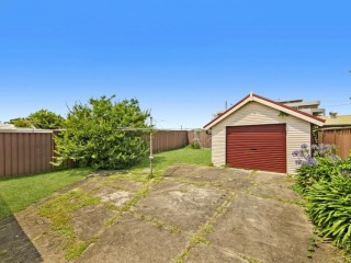 View profile: Ten Minute Walk to Station!