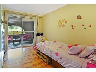 View profile: Huge 6 Bedroom Home