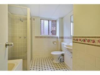 View profile: Superb Unit- Two bathrooms!