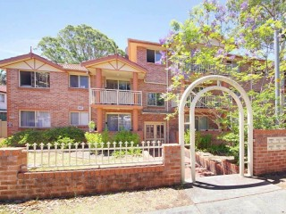 View profile: Lovely two bedroom unit!