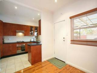 View profile: IMPRESSIVE FAMILY HOME IN A PEACEFUL POSITION! PROPERTY LAUNCH - 22ND AUGUST 2009 1-1:30PM - ALL OFFERS MUST BE SUBMITTED BY 5PM 22/8/09