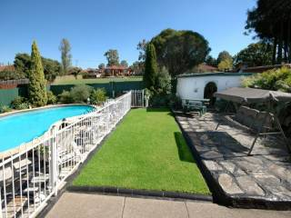 View profile: Best Street - Plus Pool!
