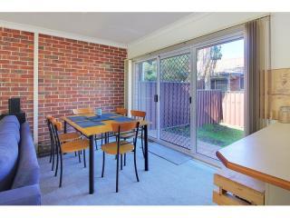 View profile: Split level-2 baths & Triple garage