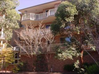 View profile: Great REFURBISHED 2 bedroom unit!