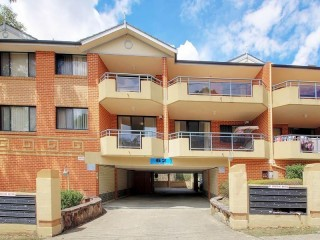 View profile: Lovely two bedroom unit
