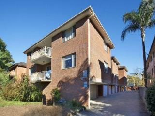 View profile: Modern two bedroom unit!