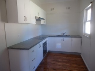 View profile: Fully Renovated! Walk to Station & Shops!
