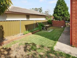 View profile: Large 4 Bedroom Family Home