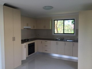 View profile: 3 bedroom grannyflat with East facing aspect
