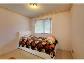 View profile: Quality 3 bedroom townhouse with pool & tennis court