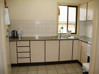 View profile: 3 Bedrooms! - Walk to Station
